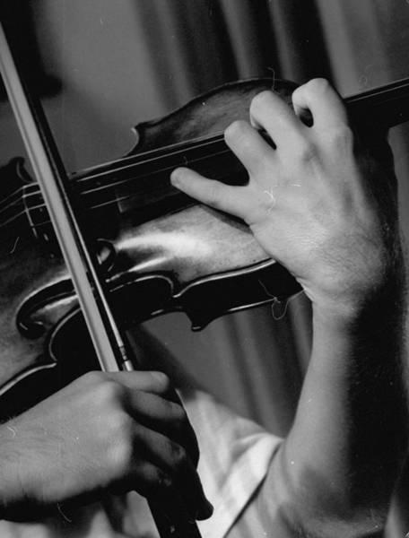 Violinist Wall Art - Photograph - Violinist Yehudi Menuhin by Horace Bristol