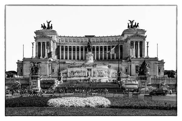 Photograph - Vittorino In Rome by Wolfgang Stocker