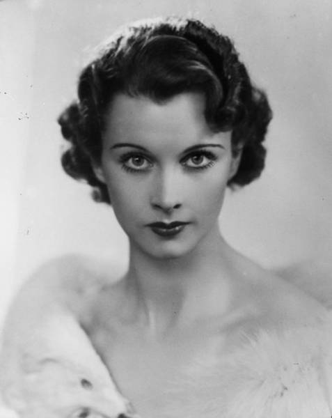 Photo Shoot Photograph - Vivien Leigh by General Photographic Agency