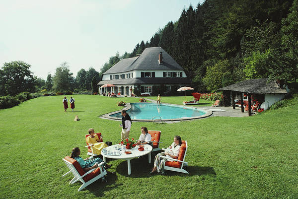 Photograph - Von Oswald House by Slim Aarons