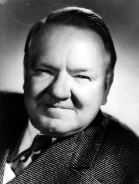 Scriptwriter Photograph - W C Fields by General Photographic Agency