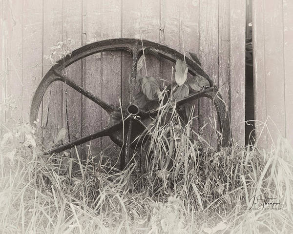 Photograph - Wagon Wheel by Jim Thompson