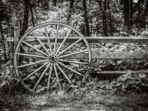 Photograph - Wagon Wheel by Steve Stanger