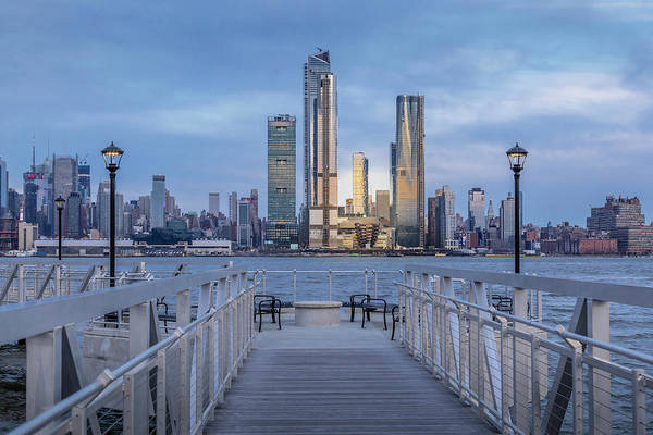Photograph - Walkway To The New York City Skyline  by Susan Candelario