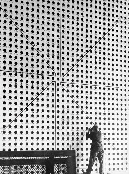 Protection Photograph - Wall Protection Of Nuclear Reactor Of by Keystone-france