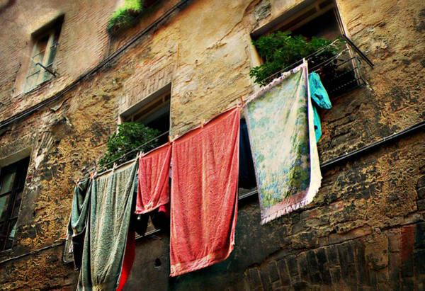 Photograph - Wash Day In Siena by Micki Findlay