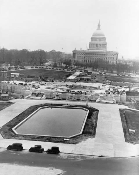Wall Art - Photograph - Washington Construction, 1932 by Granger