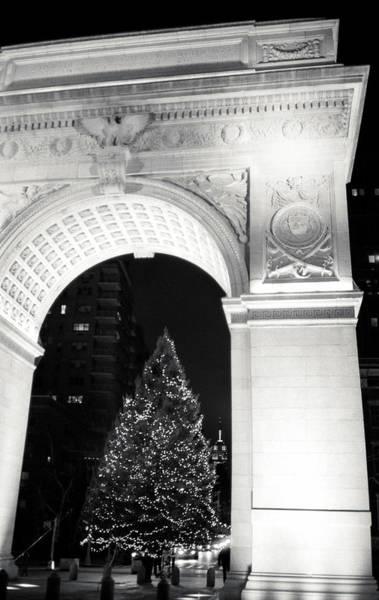 Washington Square Park Wall Art - Photograph - Washington Square Park Arch And by Win-initiative