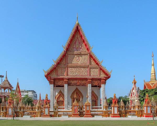 Photograph - Wat Liab Ubosot Dthu035 by Gerry Gantt