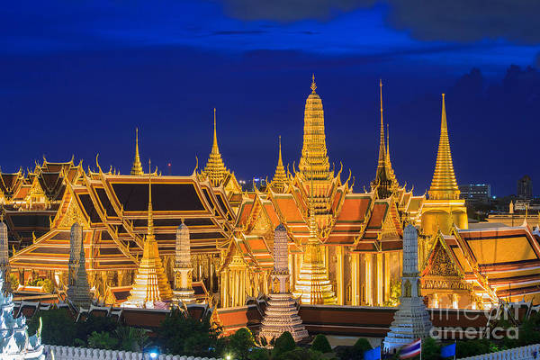 Wall Art - Photograph - Wat Phra Kaew, Temple Of The Emerald by Southtownboy Studio