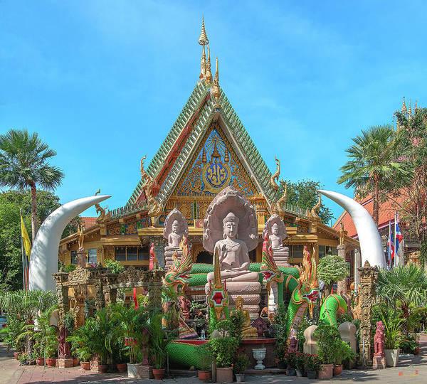 Photograph - Wat Tai Phra Chao Yai Ong Tue Buddha Images Dthu0806 by Gerry Gantt