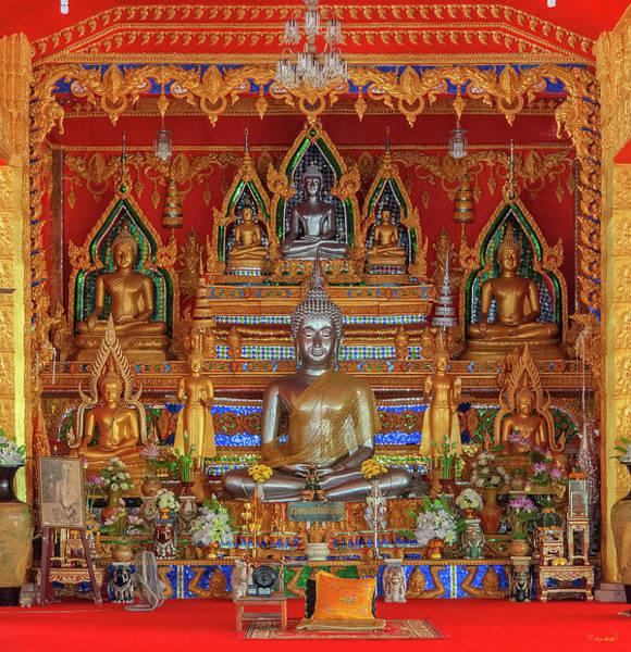 Photograph - Wat Tai Phra Chao Yai Ong Tue Wihan Buddha Images Dthu0812 by Gerry Gantt