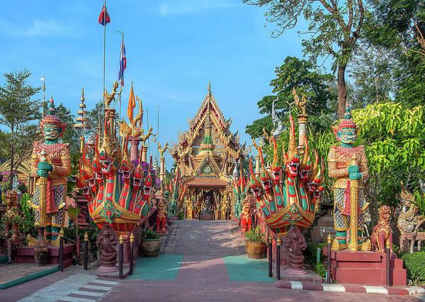 Photograph - Wat Tai Phrachao Yai Ong Tue Main Entrance Dthu0045 by Gerry Gantt