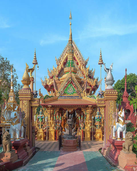 Photograph - Wat Tai Phrachao Yai Ong Tue Phra Ubosot Compound Entrance Dthu0063 by Gerry Gantt