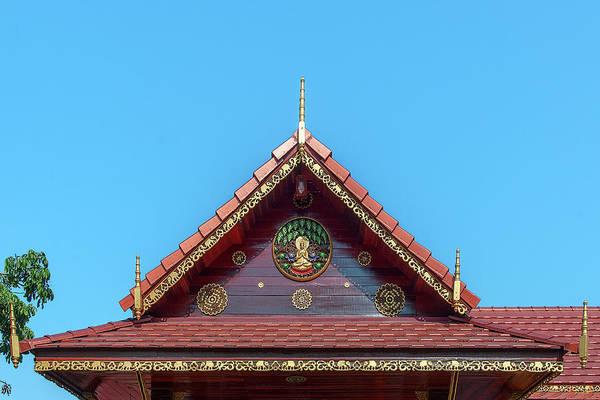 Photograph - Wat Tham Sangwet Tham Phen Phun Practice Hall Gable Dthlu0530 by Gerry Gantt