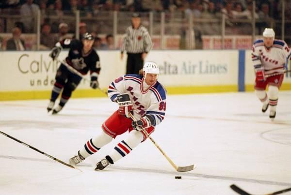 Photograph - Wayne Gretzky by Al Bello