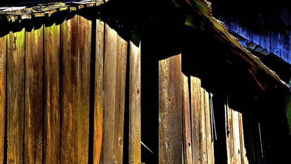 Photograph - Weathered Wood Barn by Jerry Sodorff