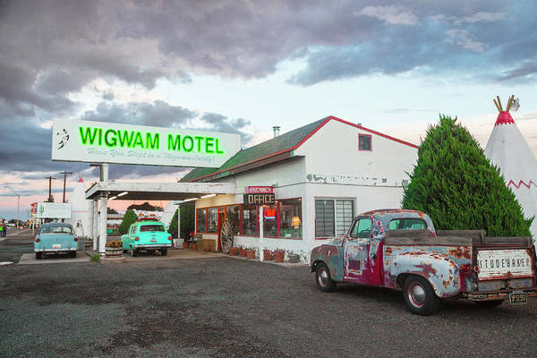 Parking Photograph - Wigwam Motel, Route 66, Holbrook by Kylie Mclaughlin