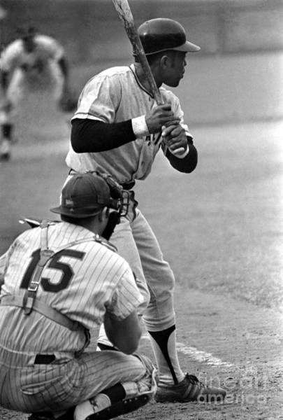 Queen Photograph - Willie Mays Of The San Francisco Giants by Mitchell Reibel