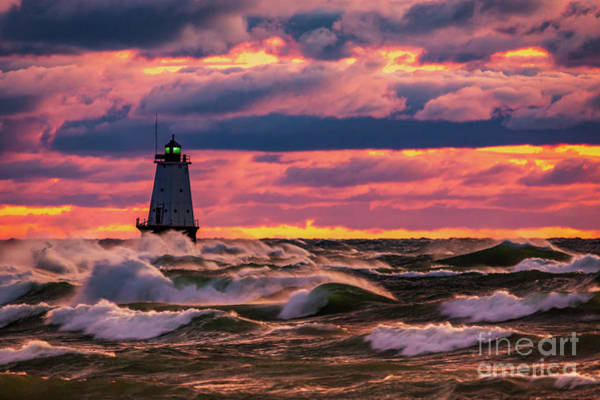 Wall Art - Photograph - Windy Ludington Lighthouse by Todd Bielby
