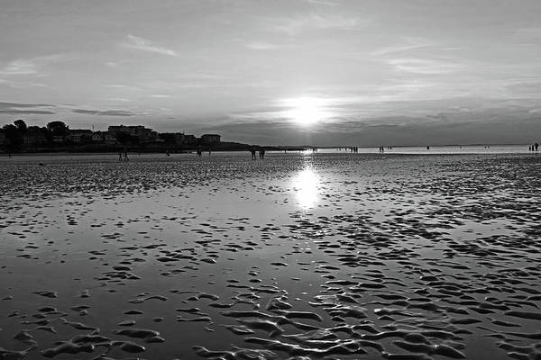 Photograph - Wingaersheek Beach Sunset Gloucester Ma Black And White by Toby McGuire