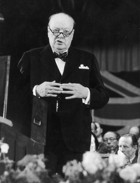 Margate Photograph - Winston Churchill by John Chillingworth