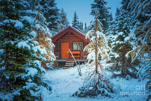 Wall Art - Photograph - Winter Cabin by Inge Johnsson