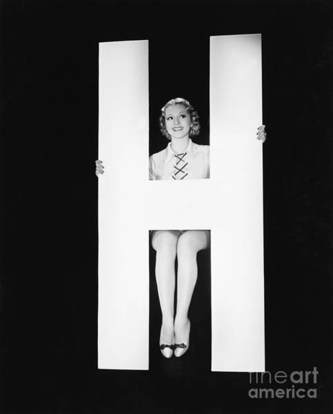 Wall Art - Photograph - Woman Posing With Huge Letter H by Everett Collection