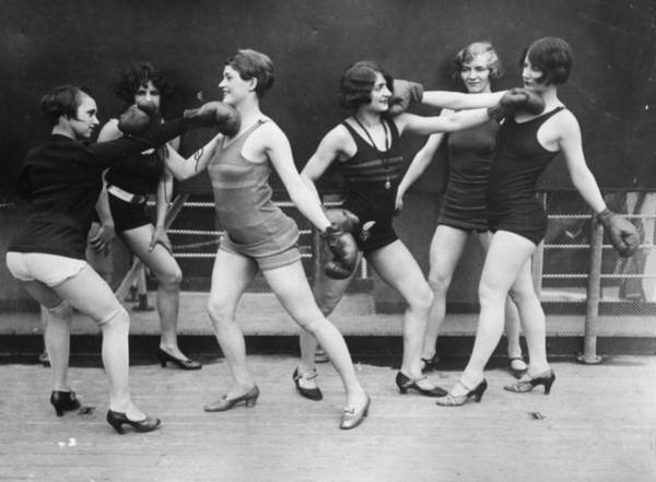 Boxing Photograph - Women Mock Boxing by Topical Press Agency