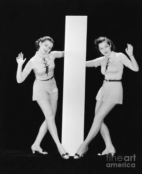 Wall Art - Photograph - Women Posing With Big Letter I by Everett Collection