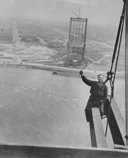 Daily News Photograph - Workman Sam Genier Waves From Girder On by New York Daily News Archive