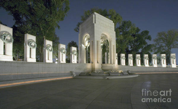 Photograph - World War II Memorial by Carol Highsmith