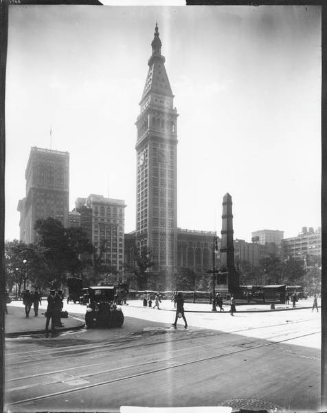 Historical Monument Photograph - Worth Monument And Metropolitan Life by The New York Historical Society