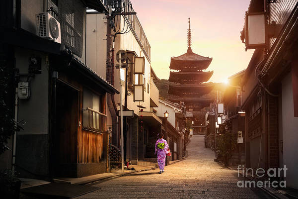 Kansai Wall Art - Photograph - Yasaka Pagoda And Sannen Zaka Street In by Patrick Foto