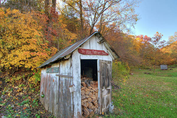 Photograph - Ye Olde Potting Shed by Steve Stuller