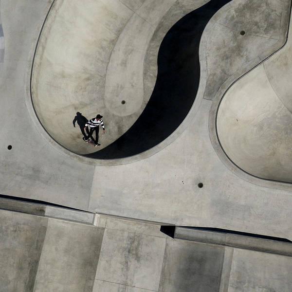 Skateboard Photograph - Yin-yang by Simon Scott