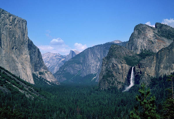 Wall Art - Photograph - Yosemite Valley From Tunnel View by Yenwen