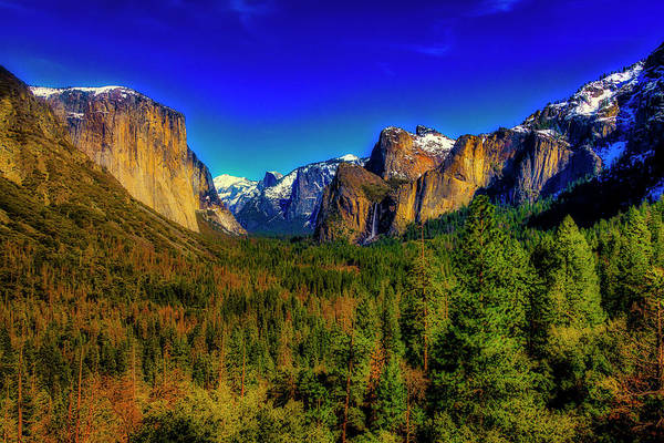 Wall Art - Photograph - Yosemite Valley View by Garry Gay