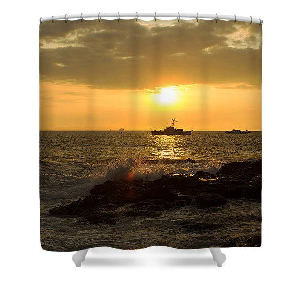 Hawaiian Waves At Sunset Shower Curtain