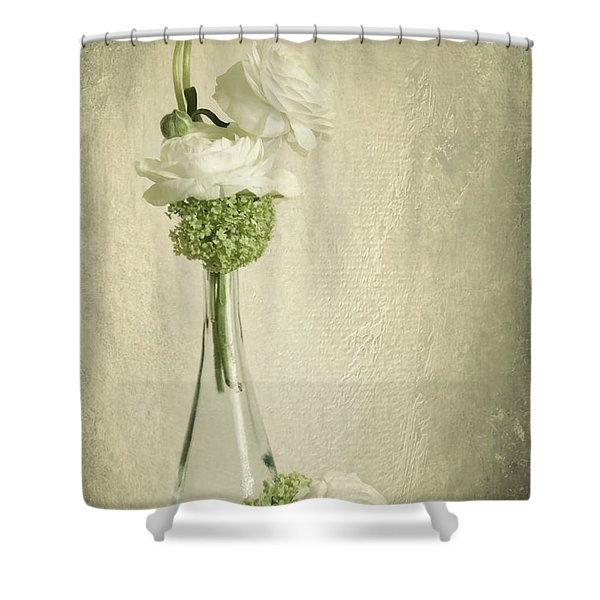 Ranunkel Shower Curtain