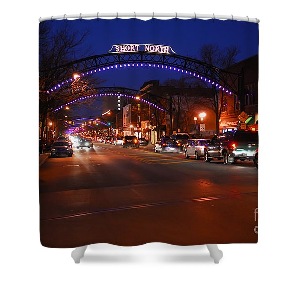 D8l353 Short North Arts District In Columbus Ohio Photo Shower Curtain