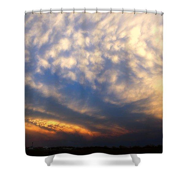 Shower Curtain featuring the photograph Nebraska Mammatus Sunset by NebraskaSC