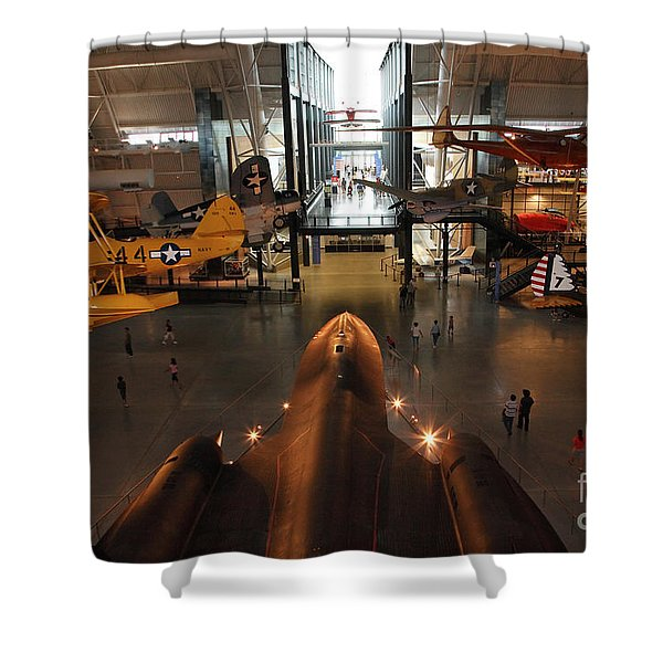 Sr71 Blackbird At The Udvar Hazy Air And Space Museum Shower Curtain