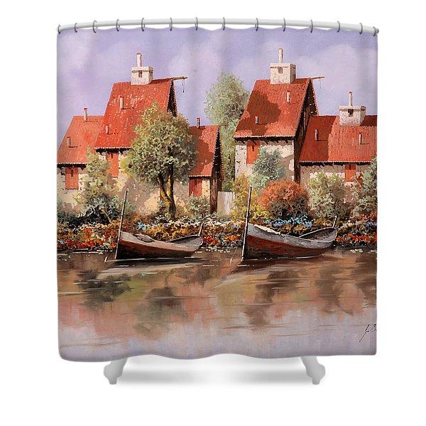 5 Case E 2 Barche Shower Curtain