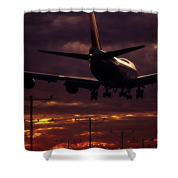 747 Landing At Lax, Los Angeles, Ca Shower Curtain