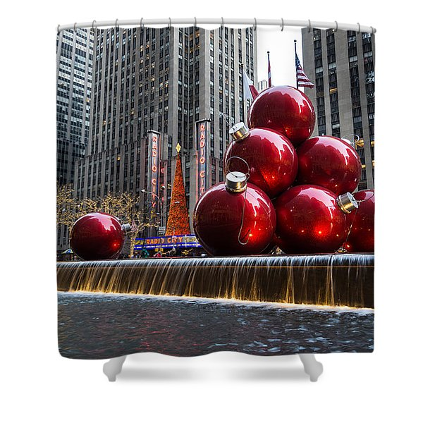 A Christmas Card From New York City - Radio City Music Hall And The Giant Red Balls Shower Curtain
