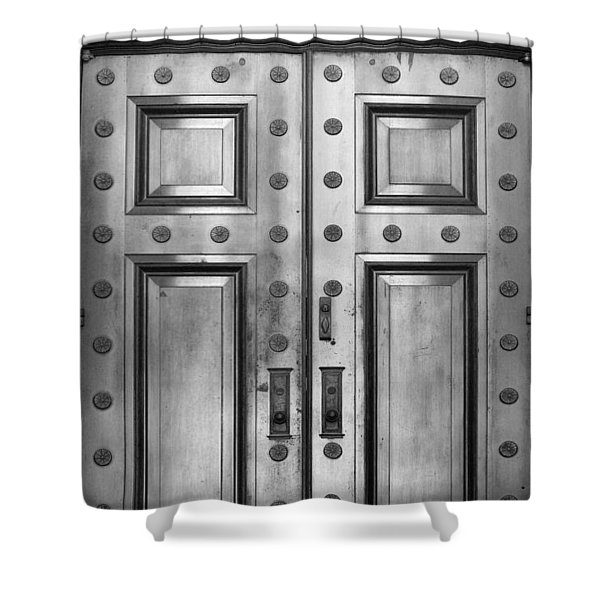 Alabama State Capital Building Door_1_bw Shower Curtain