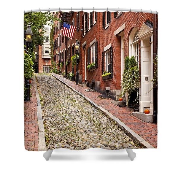 Shower Curtain featuring the photograph Beacon Hill by Brian Jannsen