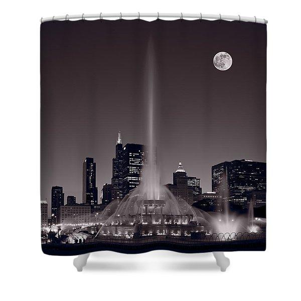 Buckingham Fountain Nightlight Chicago Bw Shower Curtain