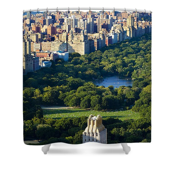 Shower Curtain featuring the photograph Central Park by Brian Jannsen
